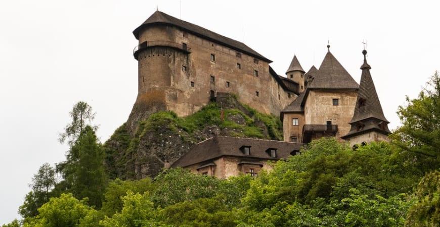Arquitetura medieval: história, influência religiosa e legado