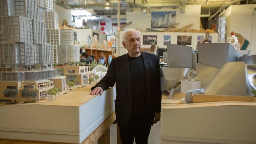 Frank Gehry: biografia e obras impressionantes do mestre desconstrutivista