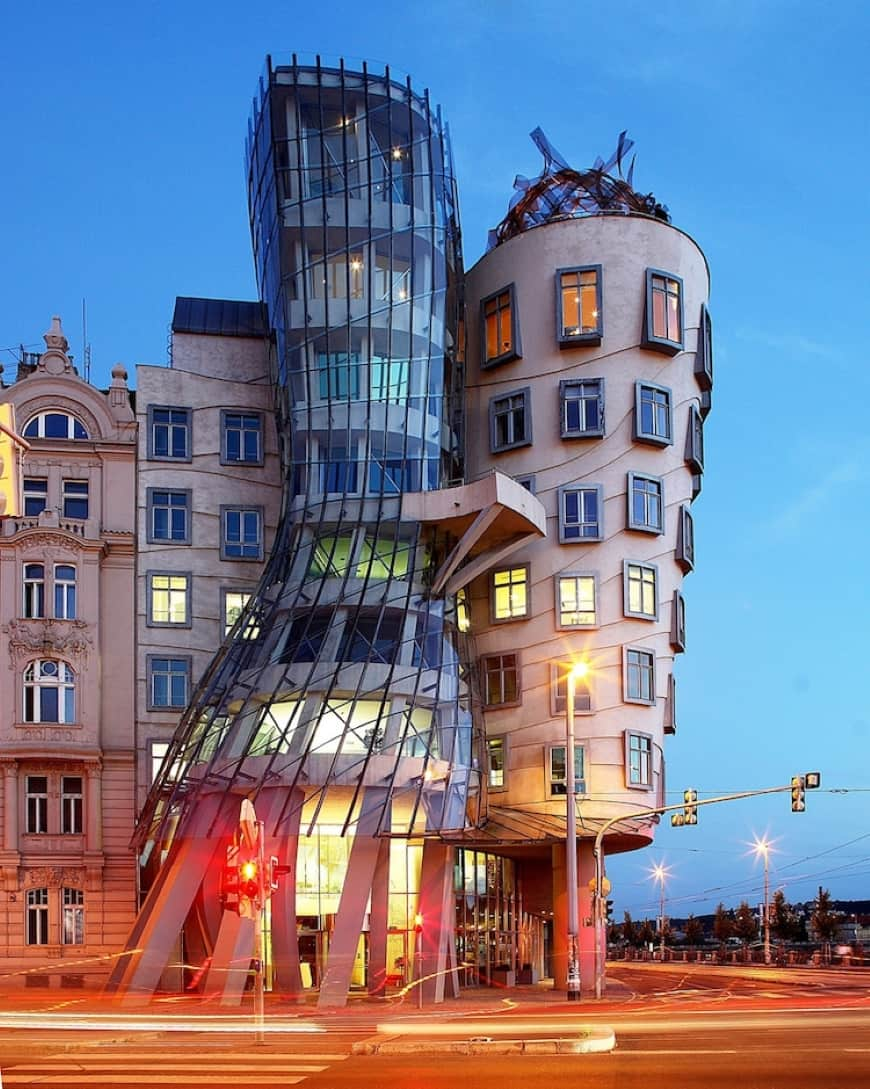 dancing house frank gehry