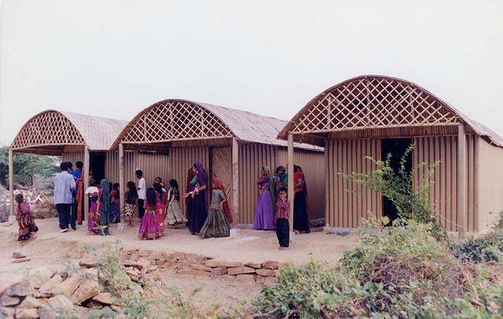 Shigeru Ban - Paper Log House