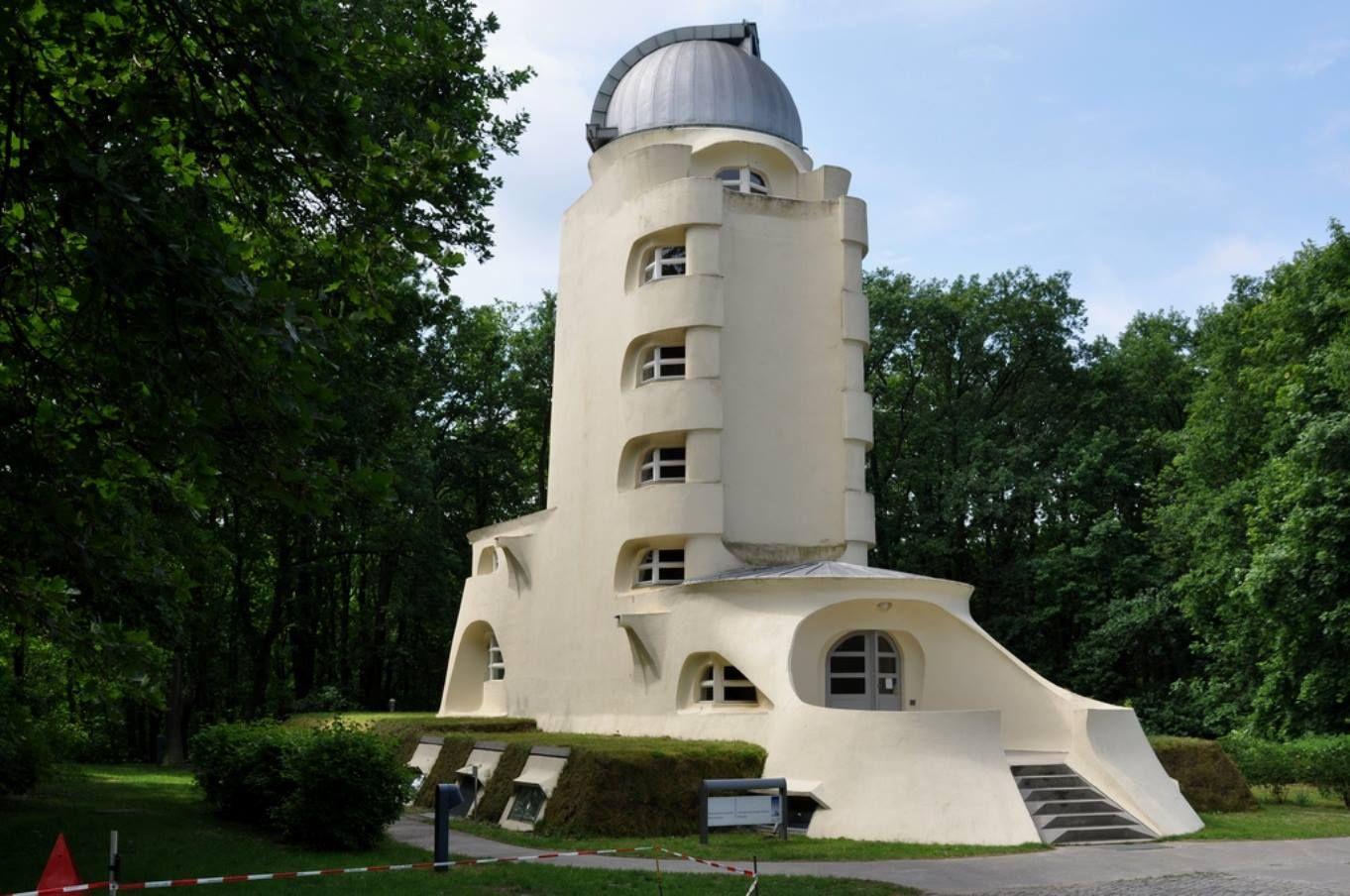 Torre de Einstein - Erich Mendelsohn